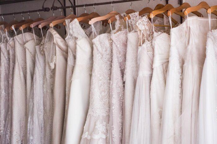 Svatební šaty vybírejte podle svojí postavy